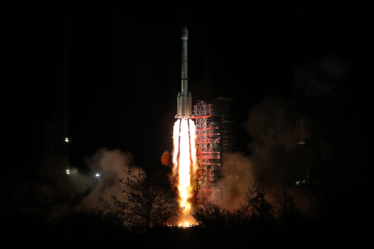 Twin BeiDou-3 navigation satellites are launched into space using a Long March-3B carrier rocket from Xichang Satellite Launch Centre, Sichuan province on 16 October, 2018. (Xinhua)