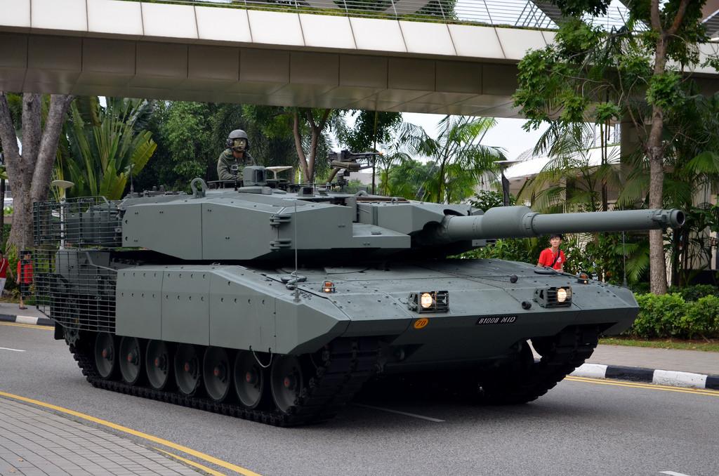 Leopard-2A4 MBT