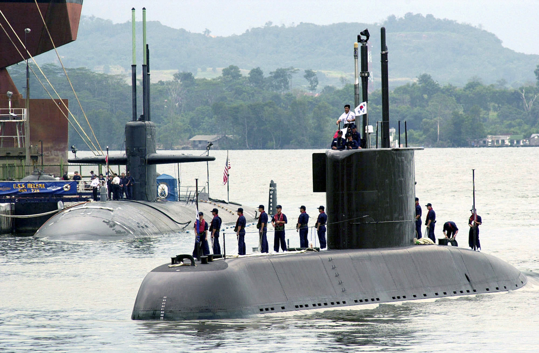 The ROKN Navy's 'Chang Bogo' class SSK Choi Museon