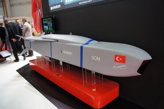 SOM_Stand Off Missile-Roketsan