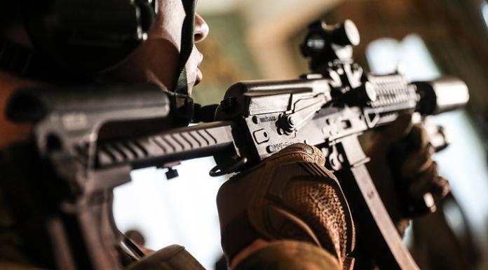 automatic rifles