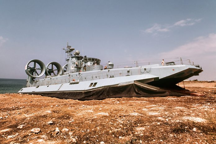 Zubr-air-cushion-landing-craft